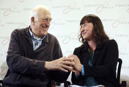 Jean Vanier and Jennifer Simpson, daughter of Dr. John M. Templeton at the press conference