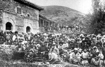 About 3,000 Armenian refugees in the Bakhche church. / AINA