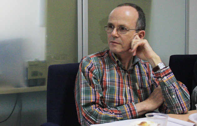 Thomas Bucher during his visit to the Spanish Evangelical Alliance offices. / J.F.