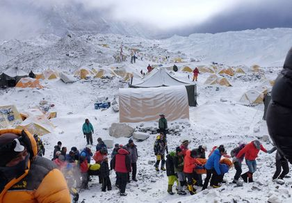 The rescue in the Everest / AFP