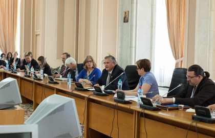 Romanian politicians meeting representatives of the EFN conference. / EFN