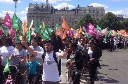 """Around 3,000 people gathered for the """"March for Jesus"""" in Paris"""