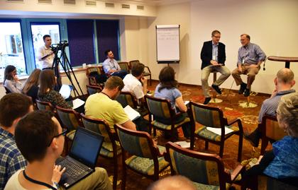 Lars Dahle interviews Michael Cromartie at Media Communicators network. / Vladimir Raichinov