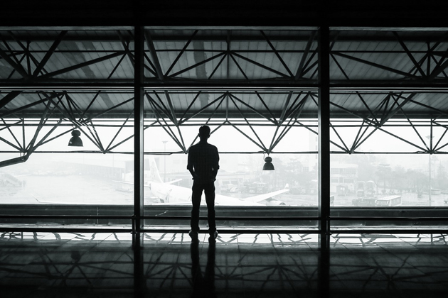 Photo: T. Vo (Unsplash, CC),airport, person, passenger