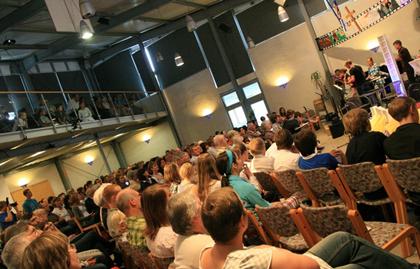 A free evangelical church in Karlsruhe. / FEG
