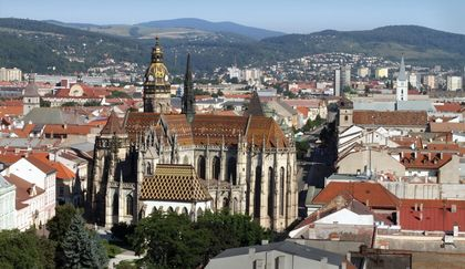 Lung cancer mortality was positively associated with deprivation in Kosice (Slovakia).
