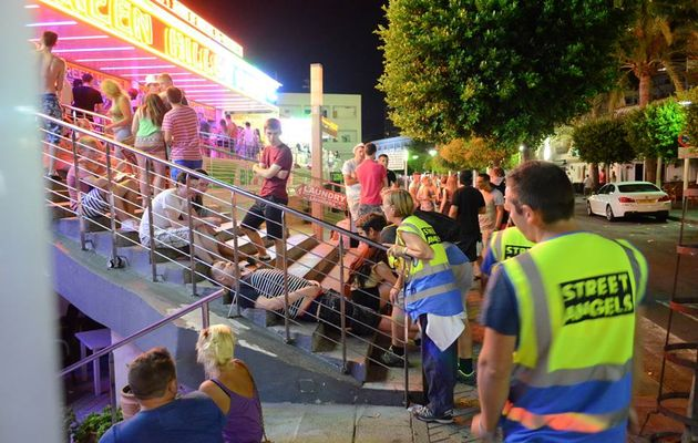 Street Angels patrols are out from 4am to 8am every weekend. ,street angels Spain, Magaluf, Mallorca, drinking