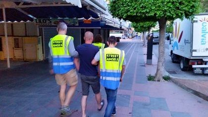 Street Angels help people back to a place of safety like their hotels or homes.