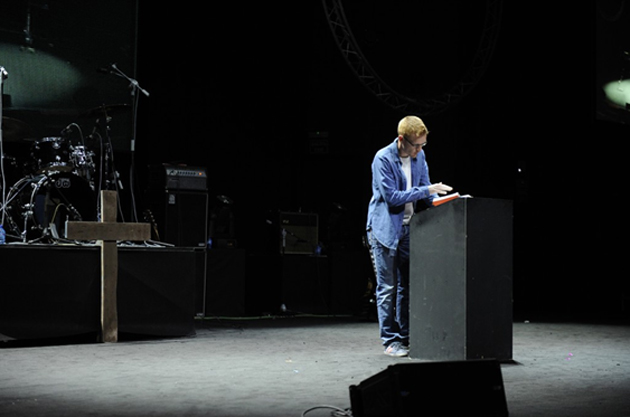 Will Graham, preaching in Spain. / MP,Will Graham