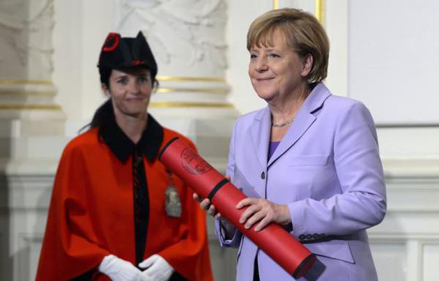 Angela Merkel in the University of Bern, last week. / SRF,bern, merkel,