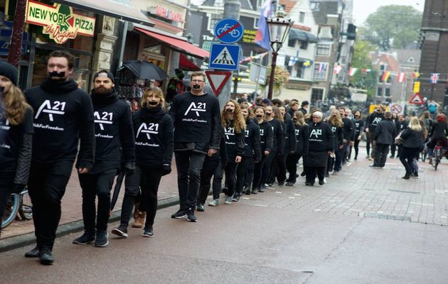 A walk for freedom in Rotterdam / A21,