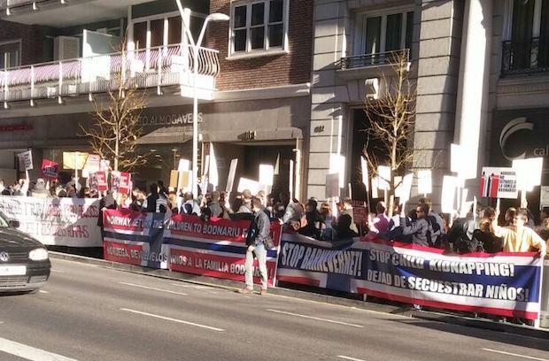 Demonstration supporting the Bodnariu family in Barcelona, on January 8 2016. / Protestante Digital,Bodnariu
