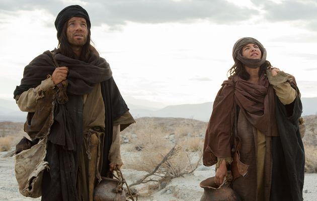 Ewan McGregor and Tye Sheridan, in a scene of the film. ,ewan mcgregor, review, film, last days of the desert, trailer,