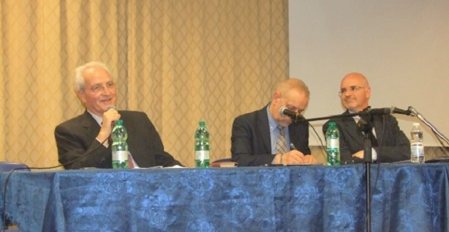 Giovanni Traettino (left) and Leonardo de Chirico (right), during the round table at the 2016 AEI assembly. / S. Bogliolo