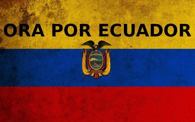 #PrayForEcuador