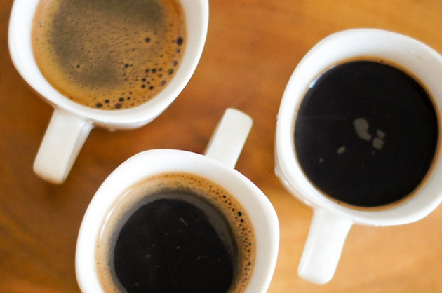 Offering coffee to a migrant is a first step to start a friendship. Photo: Giuliano Grifantes (Flickr, CC),coffee,