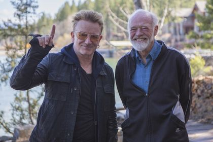 Bono and Eugene Peterson. / Fuller Theological Seminary