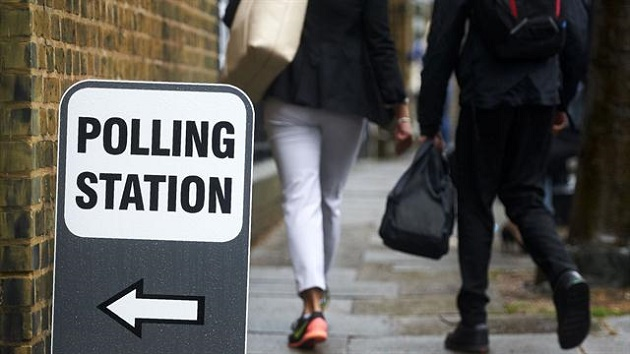 Citizens leave EU referendum polling station in the UK. / Agencies,