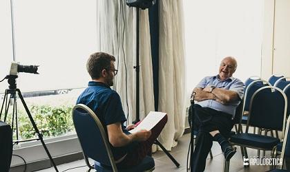 Joel Forster and John Lennox during the interview. / J.P. Serrano
