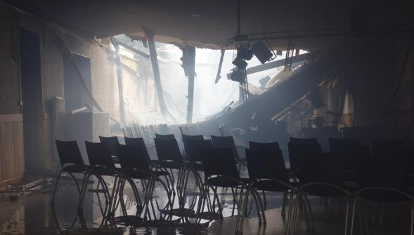 An image of the inside of the Assemblies of God church in Calais, after the fire. / La Voix du Nord,
