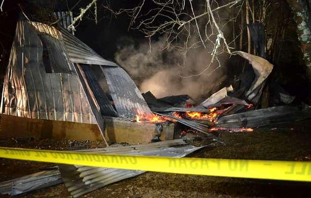 The church burnt,evangélicos Chile, queman iglesia