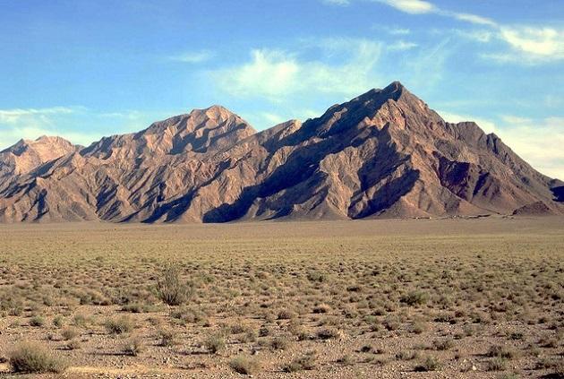Caravanserai Zeinodin desert, in Iran. / D. Stanley (Flickr, CC)