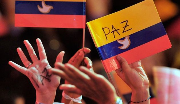 Colombian society asks for peace. ,