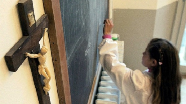 State schools should not be used for religious means in school hours, evangelical Italians say. / Repubblica,