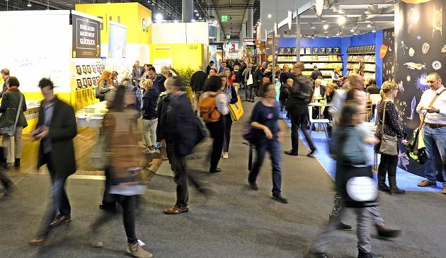 People visit 2016 Frankfurt Book Fair. / Alexander Heiman,boko fair, 2016, Francfort