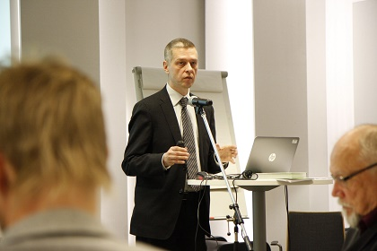 Kimmo Ketola, Director of Church Research Institute at a press conference in Helsinki, 2nd of November. / Uusie Tie