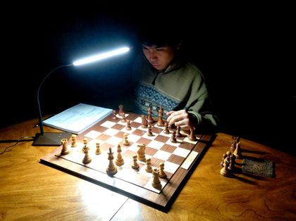 Wesley So training at home. / Facebook Wesley So