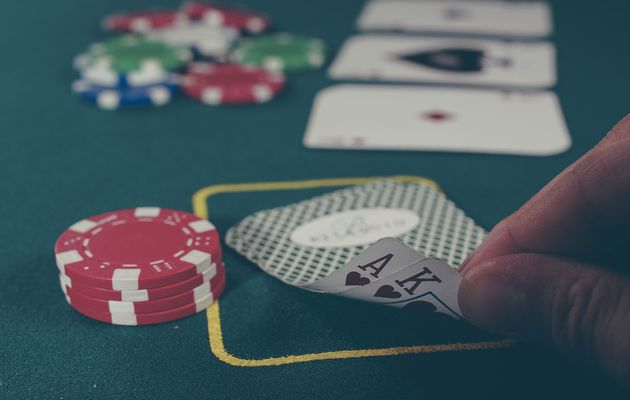 Around one in 20 people reported having a gambling problem. / Unsplash (CC),gambling