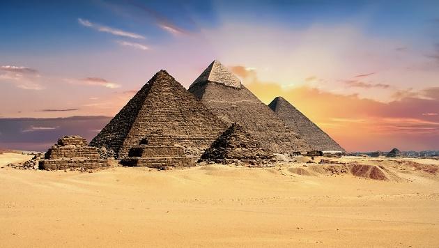 Pyramids (Pixabay, CC),