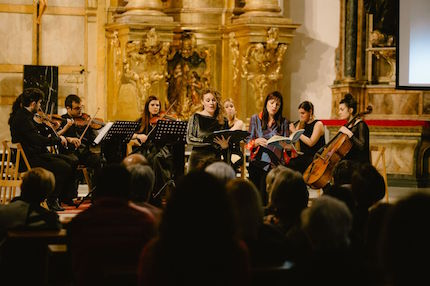 The audience enjoyed the concert. / J. P. Serrano