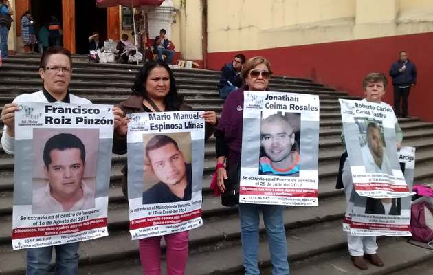 Relatives of missing persons in a demonstration in Veracruz.,