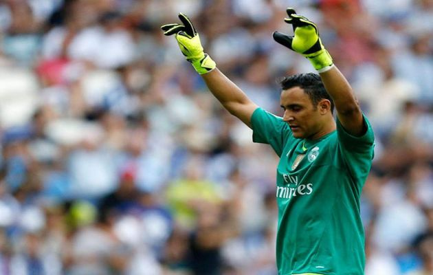 Before every game, Navas always prays. / cien.nh,