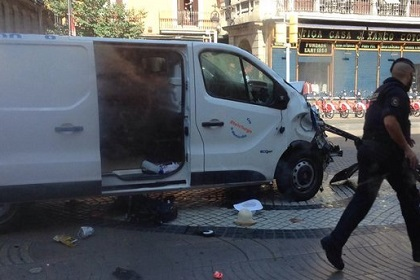 Image of the van that could have been used for the terrorist attack. / TV3