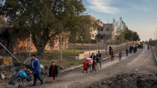 Iraqi families flee Mosul (Iraq). / UNHCR,mosul, refugees