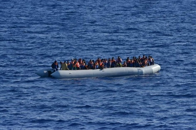 A group of migrants tries to reach the coast of Spain. A boat wPhoto: Spanish Defense Ministry,
