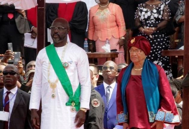 President George Weah standing next to his predecessor, Ellen Johnson Sirleaf. / Twitter,