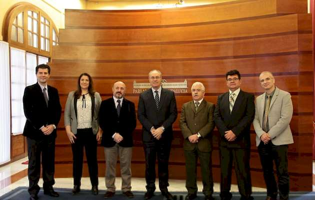 The president of the Andalusian parliament, Juan Pablo Durán, with evangelical leaders.,