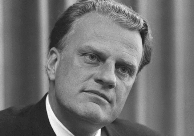 Billy Graham, in 1966. / Library of Congress - Wikimedia Commons, CC),billy graham