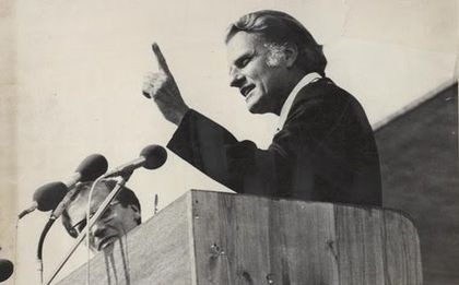 Billy Graham n the Lausanne Congress in 1974. / Lausanne Movement.