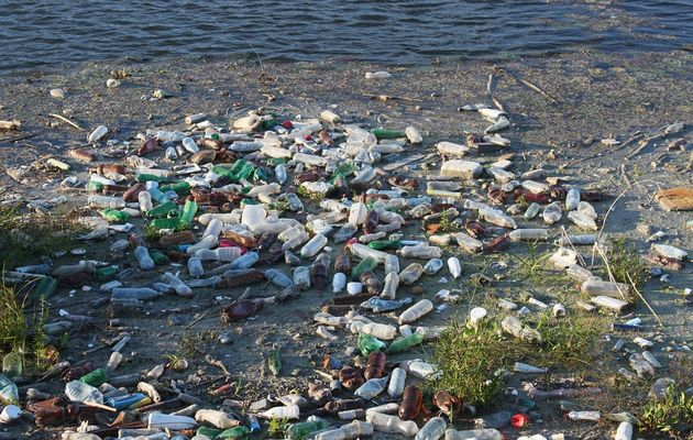 Around 70% of all the litter in the oceans is made of plastic. / Photo: Pixabay.,