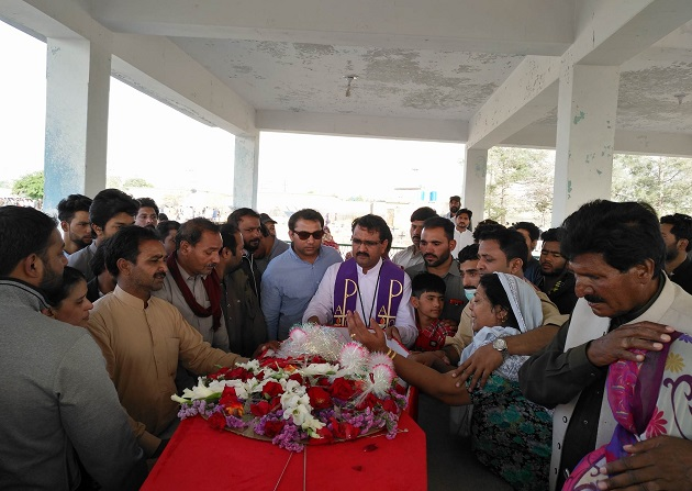 Funeral for the Christians killed on Sunday, 15 April, in Quetta. / N. Samuel,
