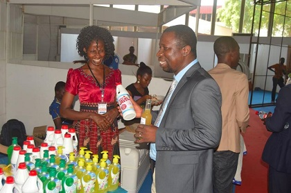 More than 30 companies presented their products in the Fair expo. / FOJEC