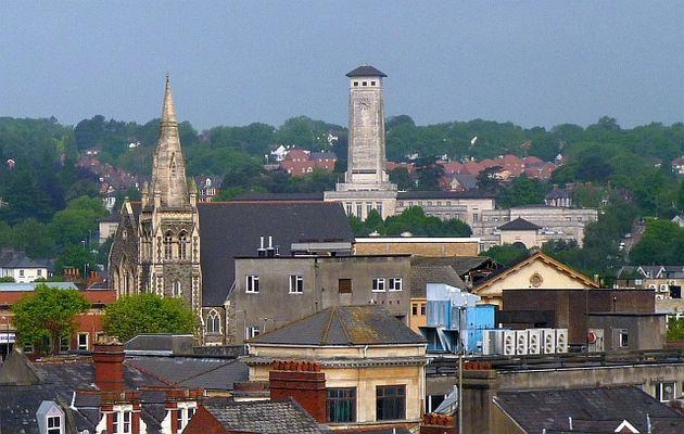Bethel Community Church tower before the fire. / Robin Drayton , Geograph Britain (CC BY-SA 2.0),