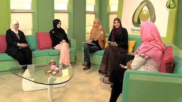 A women debate at Cordoba International TV./ Cordoba International Television,