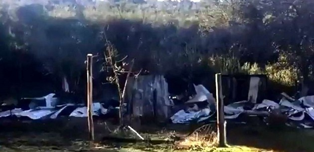 The remains of the evangelical centre after the attack in Arauco. / AraucoTV,