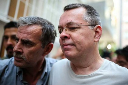 Andrew Brunson is brought to his home, 25 July 2018. / Photo: Agencies via Preciosa Sangre Facebook